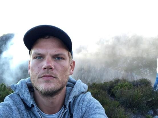 Avicii neemt een selfie in Zuid-Afrika in januari 2018, toen alles in orde leek te komen.