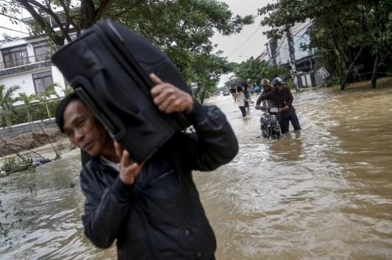 Dertien doden bij overstromingen in Vietnam