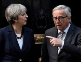 May en Juncker botsen: 'Zij dacht dat ik haar gisterenavond had beledigd'