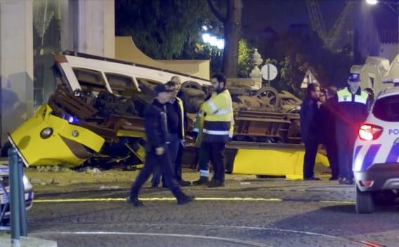 Tram ontspoort in Lissabon: 28 gewonden