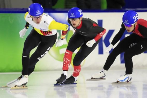Bart Swings eenvoudig naar finale massastart op WB schaatsen Heerenveen