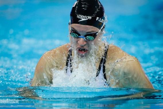 "Fanny Lecluyse pakt brons op WK kortebaanzwemmen, haar vriend Victor Campenaerts is supertrots: ""Insane!"""