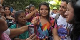 Rechter El Salvador spreekt vrouw vrij die celstraf riskeerde voor abortus na verkrachting