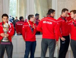 LIVESTREAM. België viert zijn wereldkampioenen: Red Lions aangekomen op Brussels stadhuis