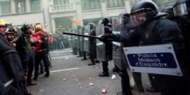 Rellen in Barcelona bij protesten tegen federale ministerraad