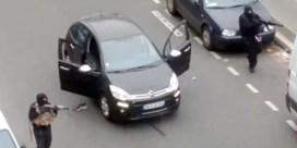 Twee Belgische wapenhandelaars verschijnen voor assisenhof in Parijs
