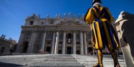 Vaticaanse rechtbank spreekt eerste veroordeling voor witwassen uit