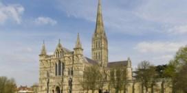Russische staatszender 'herdenkt' aanslag Skripal met Salisbury-kathedraal van chocolade