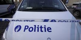 Dronken chauffeur pleegt vluchtmisdrijf nadat ze vier voertuigen ramt