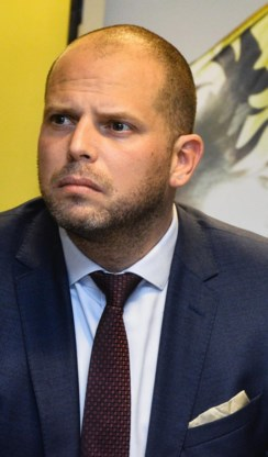 Theo Francken: 'CD&V en Open VLD hebben alle frustraties over steile opmars N-VA in één keer uitgespuwd'