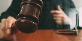 'Stempelende miljonair' weer voor rechter