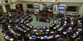 Bracke probeert verkiezingscampagne buiten parlement te houden