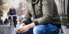 Populaire Antwerpse rapper verslikt zich in tienerpooier