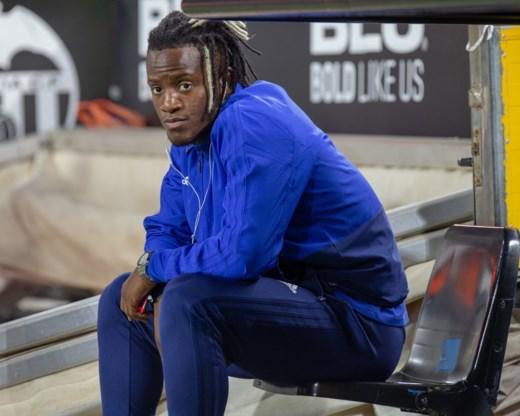 Batshuayi mag niet meedoen met Valencia, dat opnieuw niet kan winnen na dubieuze tussenkomst van VAR