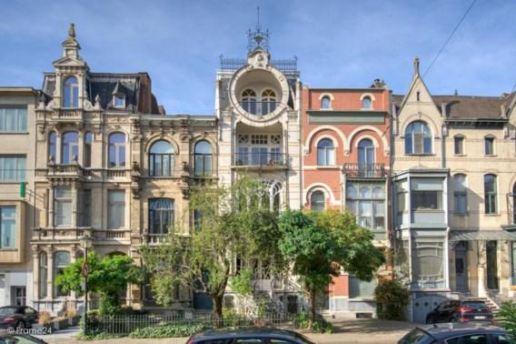 Voor 1.260.000 euro is het mooiste pand van Antwerpen van u