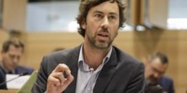 Groen over schandaal humanitaire visa: 'Francken moet zich verantwoorden'