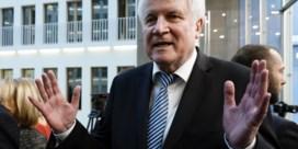 Seehofer geeft fakkel door als CSU-voorzitter