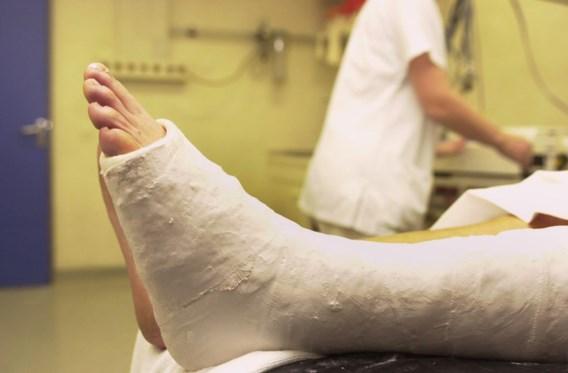 Opvallend veel patiënten met breuken op spoeddiensten door gladheid: 'Fiets niet'