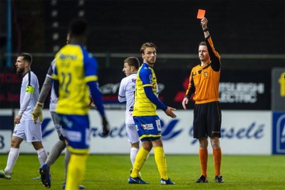 Waasland-Beveren geeft zege tegen Cercle Brugge nog uit handen na bizarre rode kaart