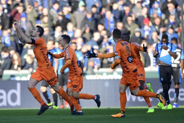 Club Brugge schiet te laat wakker tegen uitgekookt Charleroi en lijdt zure thuisnederlaag