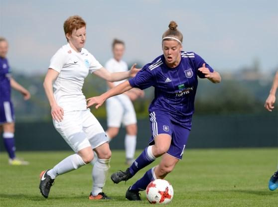 Vrouwenclubs zijn het beu en klagen beleid van Belgische en Vlaamse voetbalbond aan