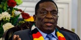 President van Zimbabwe zegt deelname aan Davos af wegens betogingen in eigen land