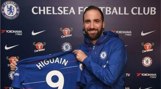 Gonzalo Higuain is nu ook echt van Chelsea, Milan heeft al opvolger beet
