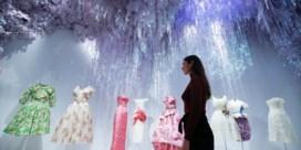 Grootste Dior-expo ooit hernomen in Londen