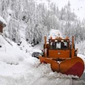 Studenten op skivakantie moeten urenlang in koude wachten op bus