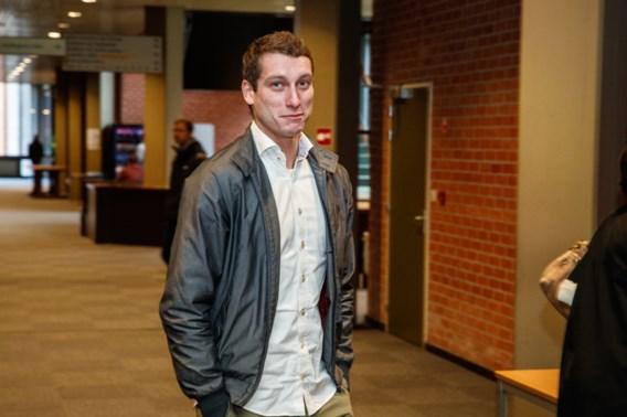 Zoon Vital Borkelmans veroordeeld tot twee jaar cel voor hooliganisme
