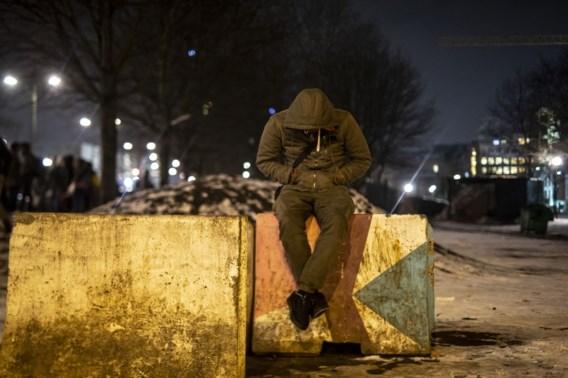 Comité P pleit politie vrij van geweld op transmigranten, maar 'uniforme aanpak ontbreekt'