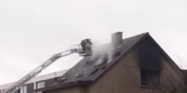 Twee doden bij hevige dakbrand in Dilbeek