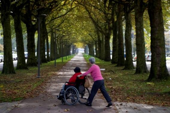 Leuven betaalt zelf zorgbudget oudere leefloners