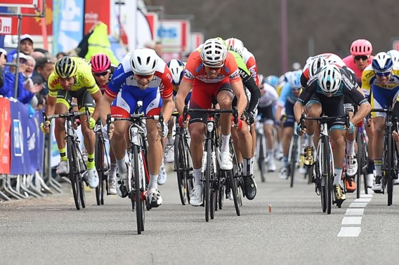 Fransman Sarreau sprint naar zege in derde rit Ster van Bessèges
