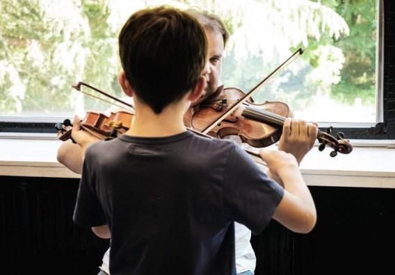 'Kinderen moeten niet meer kiezen tussen opvang en muziekles'