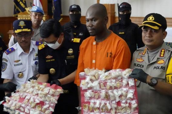 Man met 99 bolletjes meth in maag opgepakt op Bali