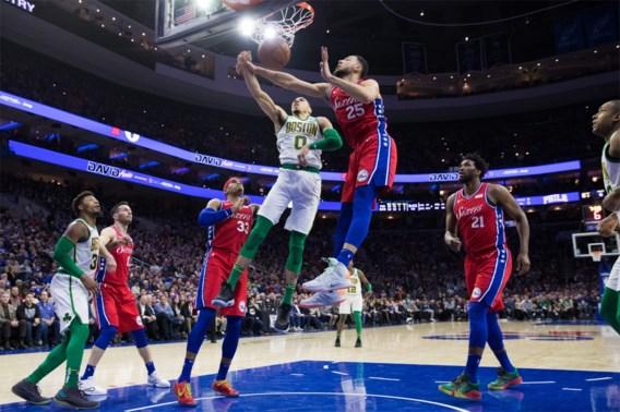 NBA. Niet één maar twee toppers slachtoffer van heerlijke dunk, Lakers verliezen