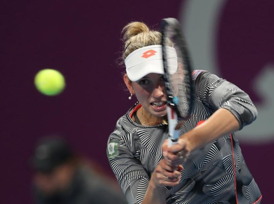 """Elise Mertens herpakt zich in Doha met winst tegen speelster uit top tien: """"Ik kon bevrijd spelen"""""""