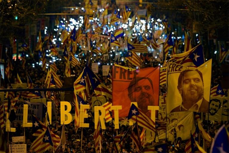 Grote betoging in Barcelona tegen proces Catalaanse separatisten