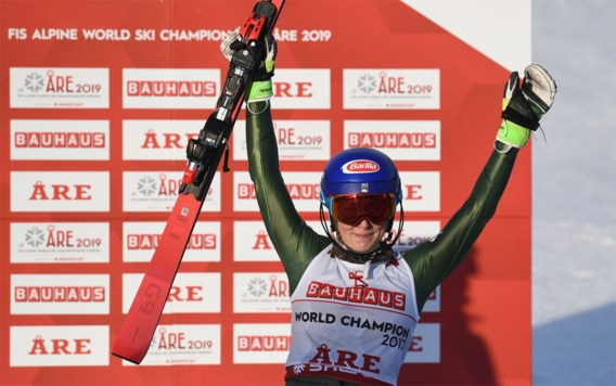 Mikaela Shiffrin schrijft geschiedenis met vierde wereldtitel slalom op een rij