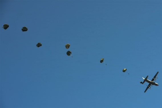 Parachutiste in kritieke toestand in Spa