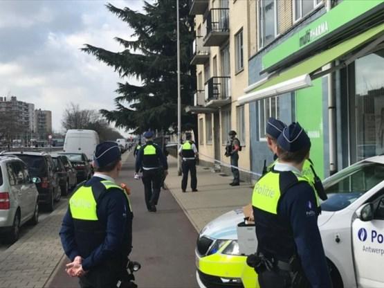 Man zwaargewond na steekpartij op Linkeroever in Antwerpen