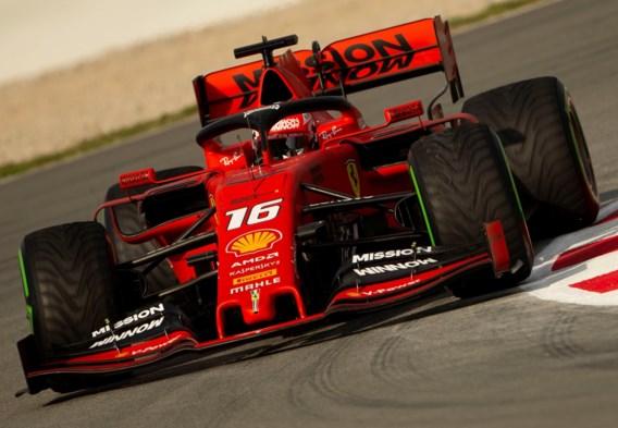 Leclerc is met zijn Ferrari de snelste in ochtendsessie op tweede dag tijdens F1-testdagen in Barcelona