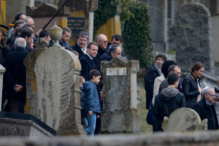 Joodse graven geschonden in aanloop van protesten tegen antisemitisme