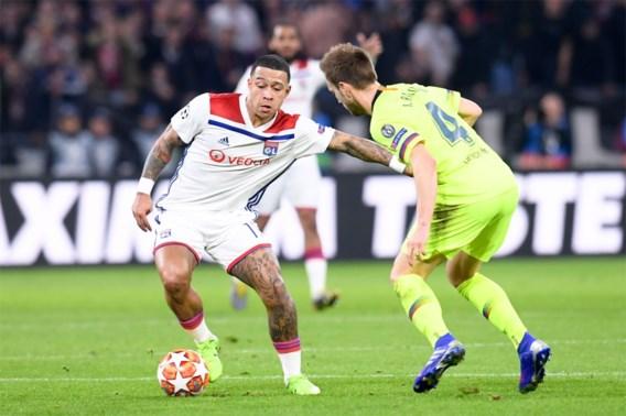 Lyon-speler Memphis Depay krijgt tijdens Champions League-wedstrijd tegen Barcelona inbrekers over de vloer