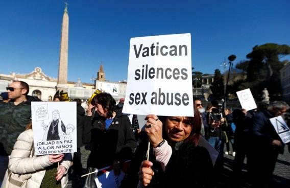 """Kardinaal Marx: 'Kerk heeft dossiers over seksueel misbruik """"vernietigd""""'"""