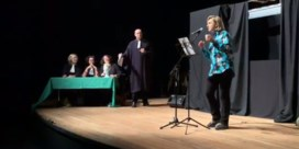 Minister Crevits pakt uit met haar raptalent