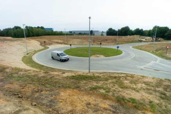 Touring: 'Belg weet niet hoe hij juist op rotonde moet rijden'