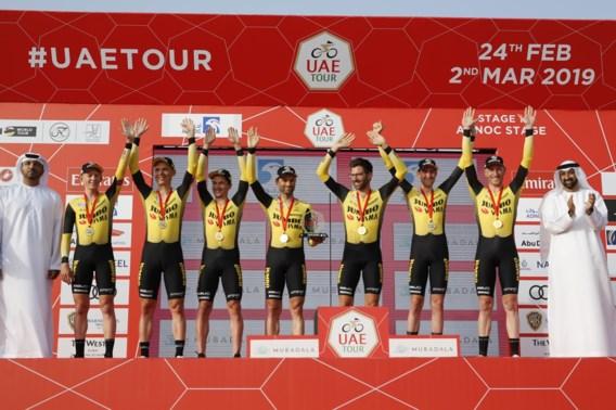 Jumbo Visma knalt naar zege in openingstijdrit UAE Tour, Deceuninck - Quick Step zevende
