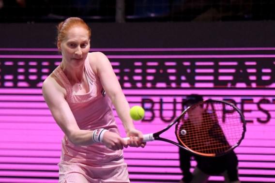 Alison Van Uytvanck is de beste in Boedapest na winst in de finale in drie sets